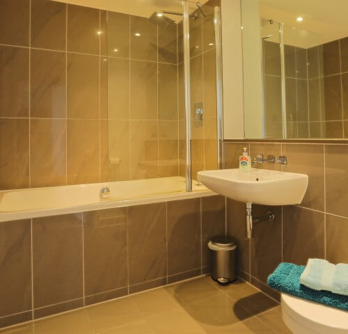 Luxury bathroom apartment newquay